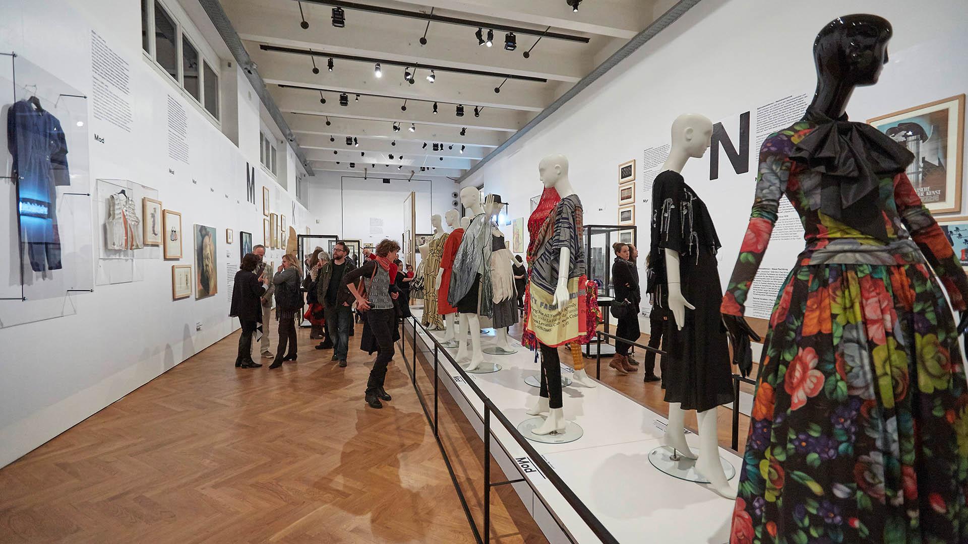Ästhetik der Veränderung – 150 Jahre Universität für angewandte Kunst Wien Eine Kooperation der Angewandten und des MAK